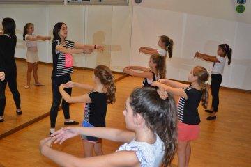 Las academia de Danzas Every Dance estrena casa propia