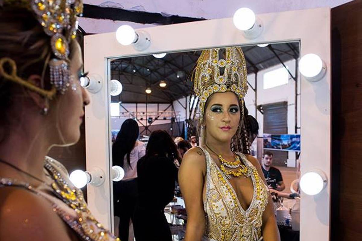 La Expo-Carnaval del puerto anticipó la fiesta que se viene en el corsódromo