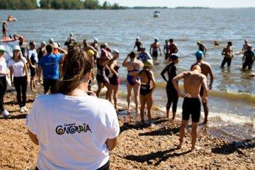 """Se corrió el """"Triatlón de la Playa"""" en el lago de Salto Grande"""
