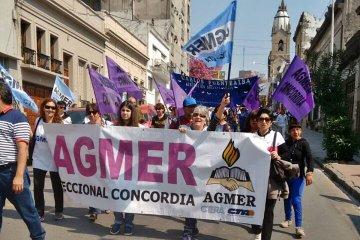 Docentes y estatales de Entre Ríos adhieren al paro nacional de este martes