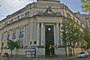 Por problemas en el Banco Nación  se posterga el pago de los programas nacionales