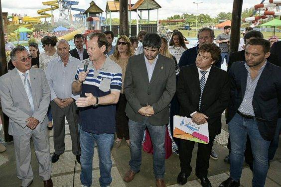 Bordet lanzó la temporada Verano 16-17 y se manifestó a favor de los feriados puente
