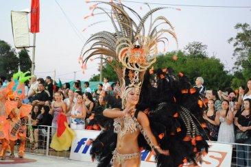 Monte Caseros promocionó su carnaval en la ciudad de Concordia