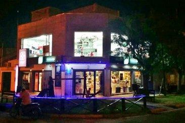 La firma Farmafull amplía su local en calle San Juan y Néstor Garat