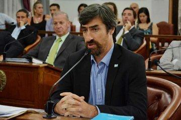 """Para Giano al gobierno nacional """"no le interesa la salud del pueblo argentino"""