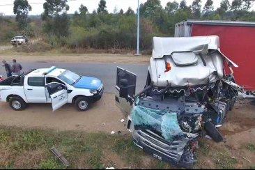 Informe médico de las personas involucradas en el choque de dos camiones