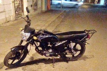 Un policía actuó a tiempo y evitó el robo de una moto en pleno centro