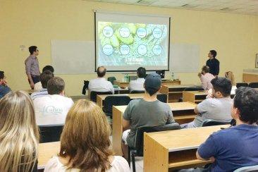 Estudiantes de la UNER presentaron una cerveza artesanal como tesis para la ingeniería