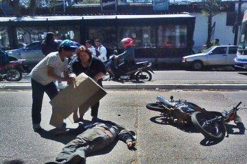 Un indigente fue chocado por una moto en cercanías de la terminal