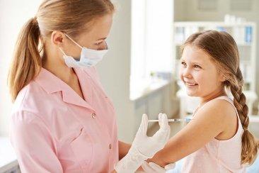 Comenzaron las aplicaciones de las vacunas de ingreso escolar