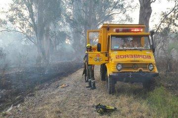 Los incendios forestales no dan respiro a los bomberos