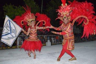 El Carnaval se despide en Chajarí a puro ritmo