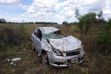 Un automóvil perdió el control y terminó despistando en la autovía 14