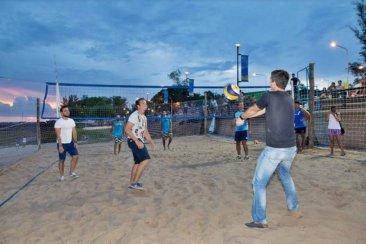 Quedaron inauguradas las canchas  de Beach Voley y Fut- Vóley en la Costanera