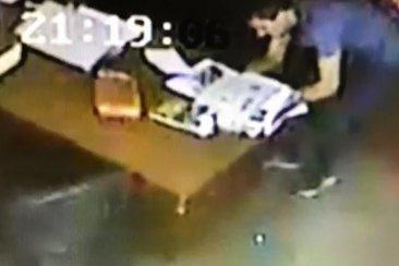 VIDEO: Fue filmado cuando ingresó a robar a la oficina de un cura