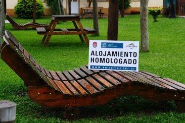 EMCONTUR entrega de certificados de homologaciones a alojamientos turísticos