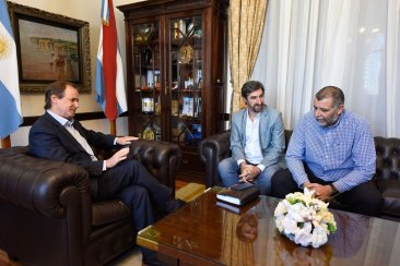 Bordet repasó con el presidente de la Codesal las obras en la zona del perilago