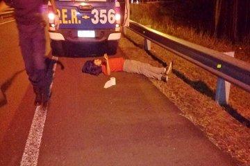 Una joven pareja en moto se accidentó sobre la ruta nacional 015