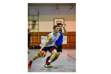 El concordiense que se destaca en el básquet de Italia